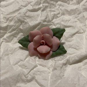 Rose Pin. EUC